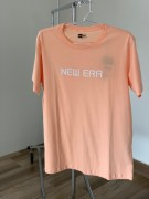 Camiseta New Era Laranja