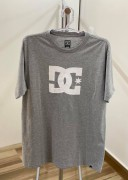Camiseta DC Shoes Clássica Cinza