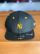 Boné New Era Aba Reta NY Yankees Mini Logo Amarelo