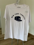 Camiseta New York Yankees Boné Branca