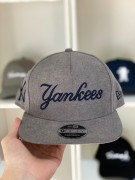 Boné New Era Snapback Yankees Cinza