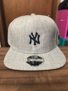 Boné New Era Snapback Ny Yankees Mini Logo Cinza